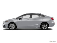 Used 2017 Chevrolet Cruze LT Sedan 1G1BE5SM1H7249281 in Janesville, WI near Beloit