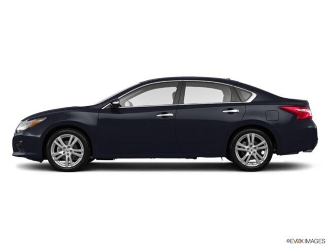 Certified Pre-Owned 2017 Nissan Altima 3.5 SL Sedan in Manchester, NH
