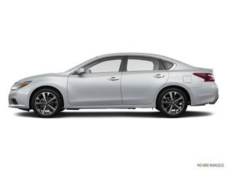 Used 2017 Nissan Altima 2.5 SR Sedan in Fort Myers