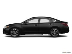 2017 Nissan Altima 2.5 SR Sedan For Sale in Greenvale, NY