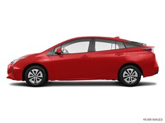 New 2017 Toyota Prius Three Hatchback Corona