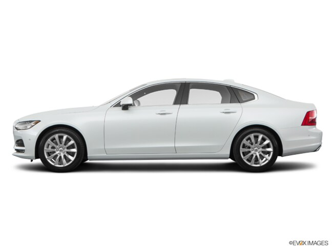 New 2017 Volvo S90 T6 AWD Momentum Sedan in Cathedral City