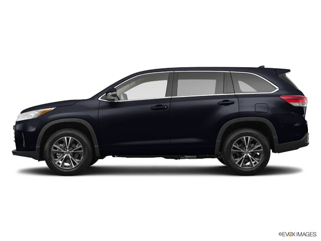 2017 Toyota Highlander LE Plus. SUV