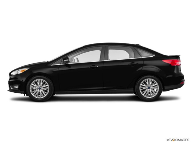 2017 Ford Focus Titanium Sedan