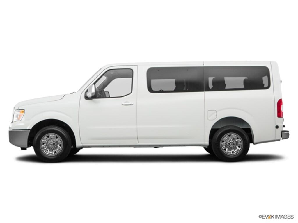 2017 Nissan NV Passenger NV3500 HD SV V6 Van