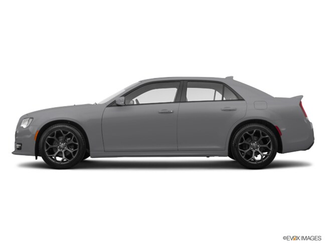 Used 2017 Chrysler 300 S Sedan for sale in Denham Springs, LA