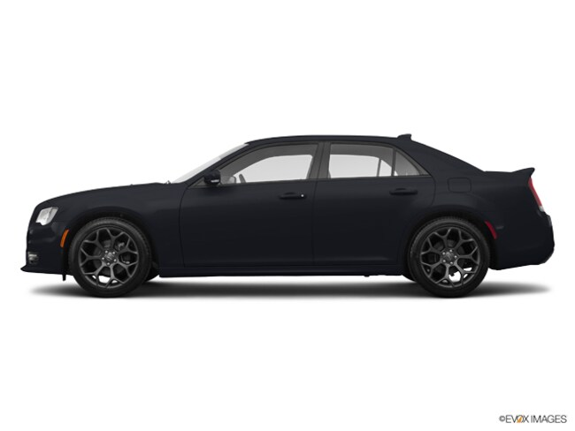 New 2017 Chrysler 300 S Sedan in Patchogue