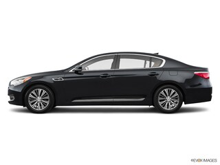 2017 Kia K900 Luxury 5.0L Sedan