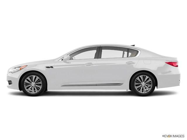 2017 Kia K900 Luxury 5.0L Sedan