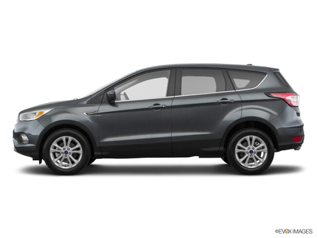 DYNAMIC_PREF_LABEL_AUTO_USED_DETAILS_INVENTORY_DETAIL1_ALTATTRIBUTEBEFORE 2017 Ford Escape SE SUV DYNAMIC_PREF_LABEL_AUTO_USED_DETAILS_INVENTORY_DETAIL1_ALTATTRIBUTEAFTER