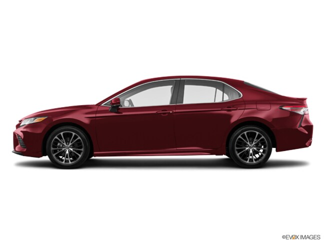 New 2018 Toyota Camry SE Sedan in Laredo, TX