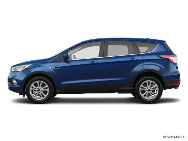 2018 Ford Escape SE SUV 1FMCU0GD4JUD17490 for sale near Elyria, OH at Mike Bass Ford