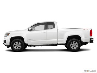 New 2018 Chevrolet Colorado WT Truck Extended Cab J1226188 Danvers, MA