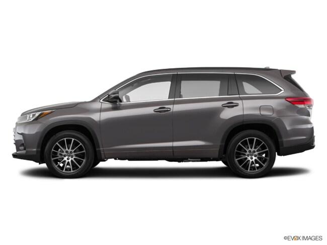 New 2018 Toyota Highlander SE V6 SUV in Avondale, AZ