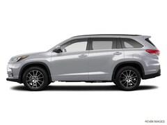 New 2018 Toyota Highlander SE (SE V6 FWD (Natl)) SUV serving Tampa