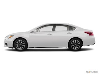 Used 2018 Nissan Altima 2.5 SV Sedan for sale in Aurora, CO