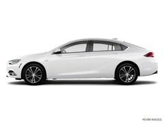 2018 Buick Regal Sportback Essence Sedan