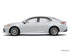New 2018 Toyota Camry Hybrid XLE Sedan 508933 in Hiawatha, IA
