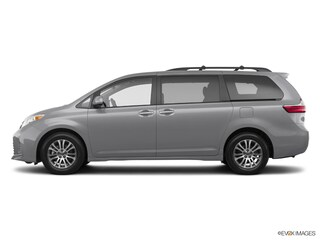 New 2018 Toyota Sienna XLE 7 Passenger Minivan/Van in Maumee