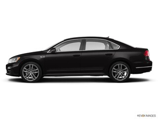 New 2018 Volkswagen Passat 2.0T R-Line Sedan V18185 for Sale in Fort Walton Beach at Volkswagen Fort Walton Beach