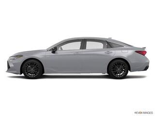New 2019 Toyota Avalon Hybrid XSE Sedan Boston, MA