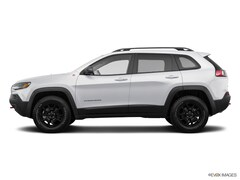 Used 2019 Jeep Cherokee Trailhawk Trailhawk 4x4 in Fort Bragg