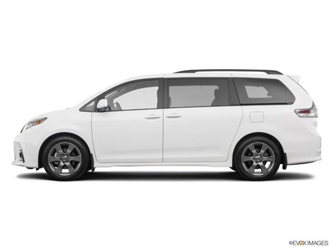 2019 Toyota Sienna SE 8 Passenger Van