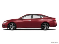 New 2019 Nissan Altima 2.5 Platinum Sedan 18111 near Escanaba, MI