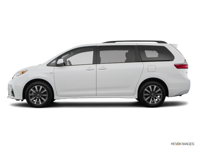 New 2019 Toyota Sienna LE 7 Passenger Van in Appleton