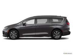 2019 Chrysler Pacifica Hybrid Limited Hybrid Limited FWD