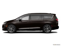 used 2019 Chrysler Pacifica FWD Limited w/Heated Seats, NAV and Sunroof Van Passenger Van for sale in Souderton