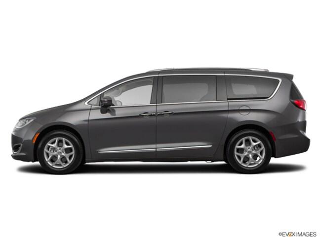 2019 Chrysler Pacifica Touring L Plus Minivan/Van
