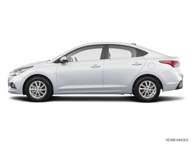 New 2019 Hyundai Accent SEL Sedan North Aurora