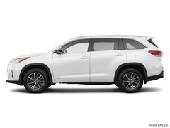 New Vehicle 2019 Toyota Highlander Hybrid XLE V6 SUV For Sale in Coon Rapids, MN