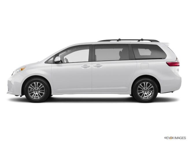 2020 Toyota Sienna XLE Van Passenger Van Haverhill