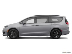 New 2020 Chrysler Pacifica TOURING L PLUS Passenger Van for sale in the Bronx near White Plains, NY