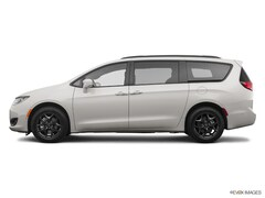 2020 Chrysler Touring L Plus