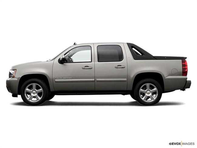 7e09a458549 Used 2007 Chevrolet Avalanche 1500 Truck Crew CabSilver Birch For ...