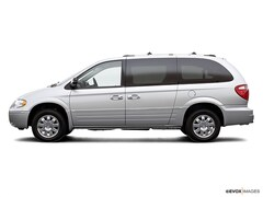 2007 Chrysler Town & Country Mini-Van