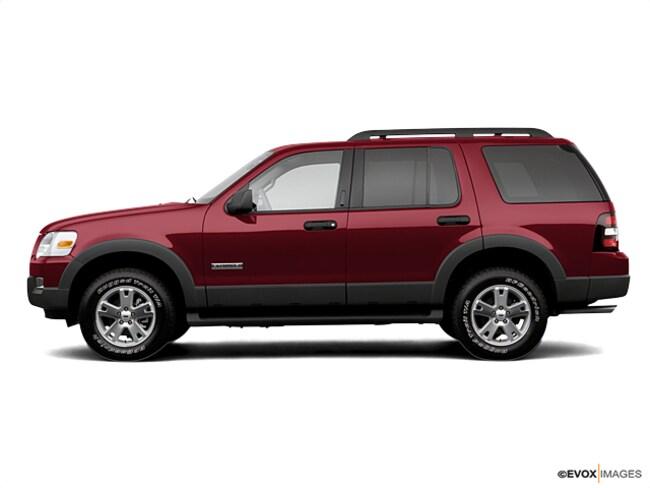 2007 Ford Explorer 4WD 4dr V6 XLT SUV