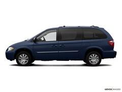 2007 Chrysler Town & Country Touring Van