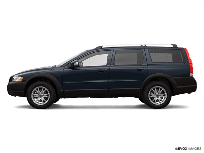 Used vehicle 2007 Volvo XC70 2.5T Wagon for sale in Erie, PA