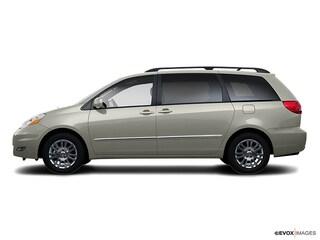 2008 Toyota Sienna XLE Van