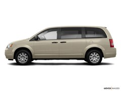 2009 Chrysler Town & Country LX Wagon