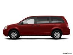2009 Chrysler Town & Country LX Mini-van, Passenger