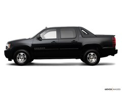 Used 2009 Chevrolet Avalanche 1500 LS Crew Cab Short Bed Truck in Holly, MI