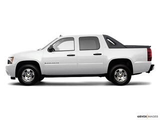 Used 2009 Chevrolet Avalanche 1500 LT Truck 3GNFK12009G224697 for sale in Kaysville, Utah at Young Kia