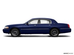 2009 Lincoln Town Car Signature Sedan | Budget Cars for Sale in Chambersburg, PA