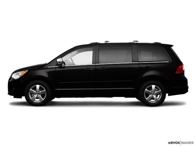 2009 Volkswagen Routan SEL Premium Germain Value Vehicle Van