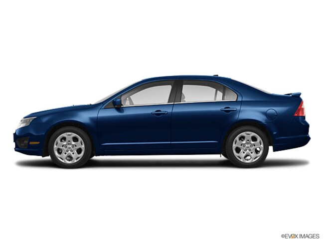 Used 2010 Ford Fusion SE Sedan for sale in Howell, MI